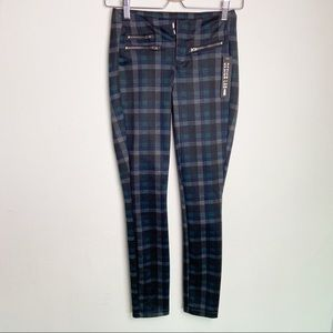 DESIGN LAB Plaid Skinny Pants